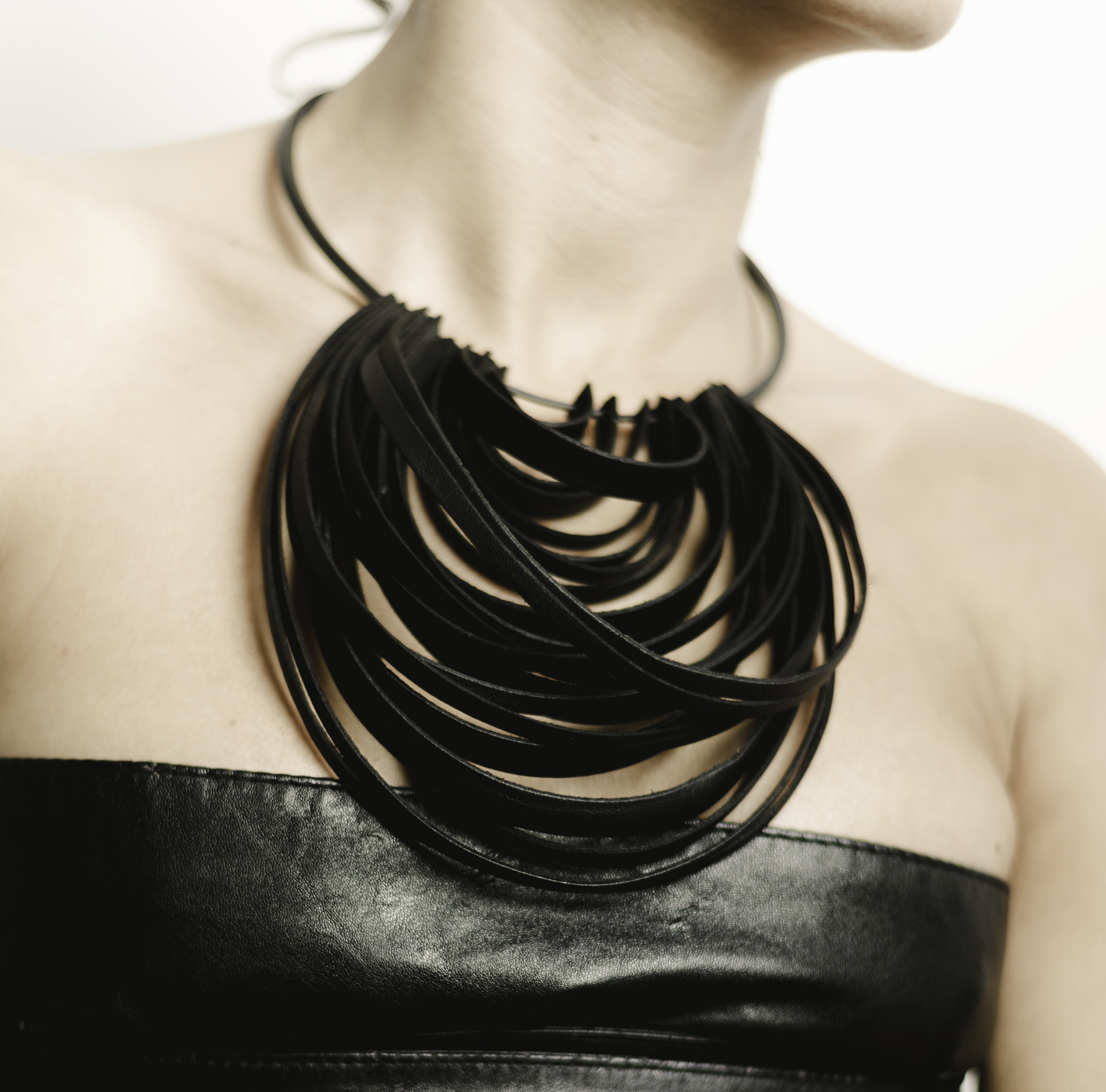 black majorica in necklace leather pearl jewelry lyst product normal white gallery