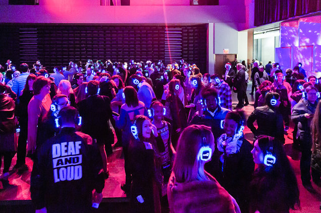Deaf and Loud Experience. A silent Disco for the deaf