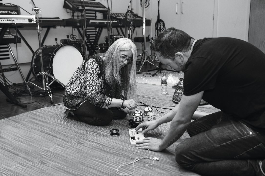 Evelyn Glennie and Roly Porter experimenting with instruments